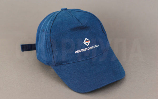 Бейсболка с логотипом   Нефтегеофизика